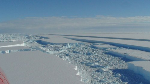 Wilkins Ice Shelf breakup - from air
